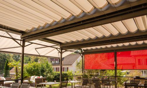 Spiegel Zonwering Utrecht : Oprolbare en vaste veranda s bij spiegel zonwering
